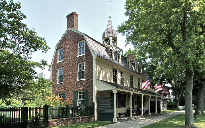 East Hampton Historical Society Appraisal Day