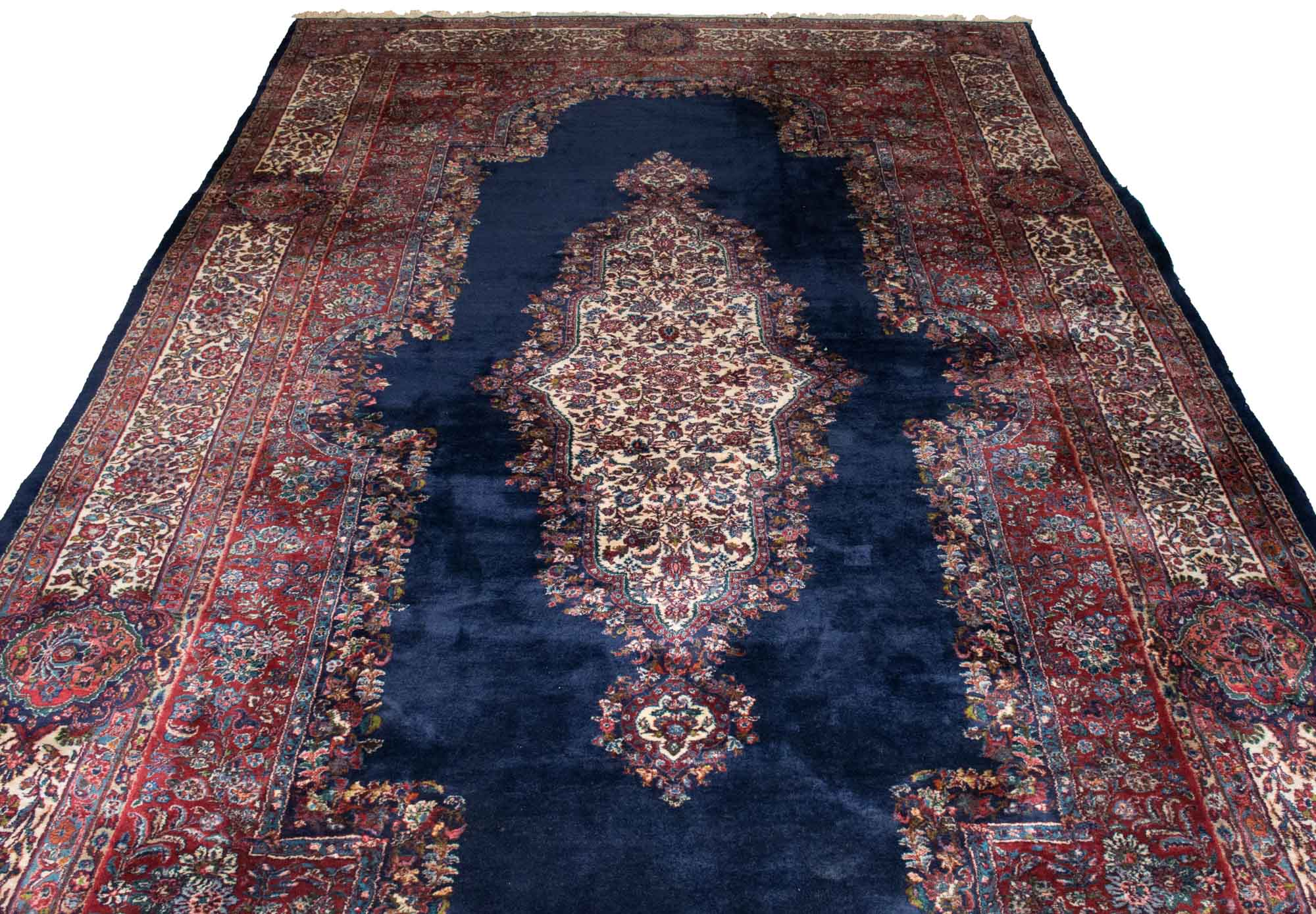 Lot image - Kasvin Carpet