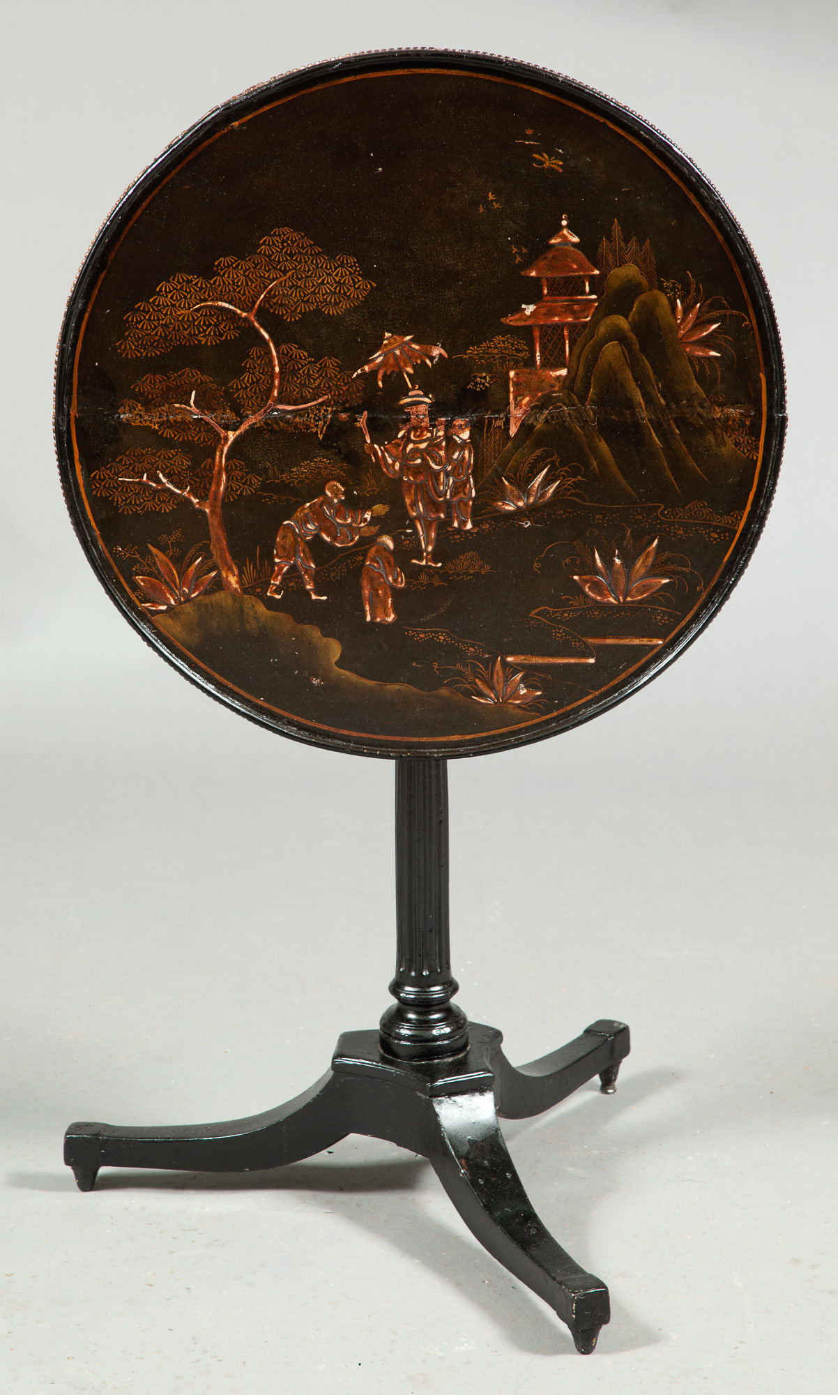 Lot image - Polychrome-Painted and Parcel-Gilt Tripod Table