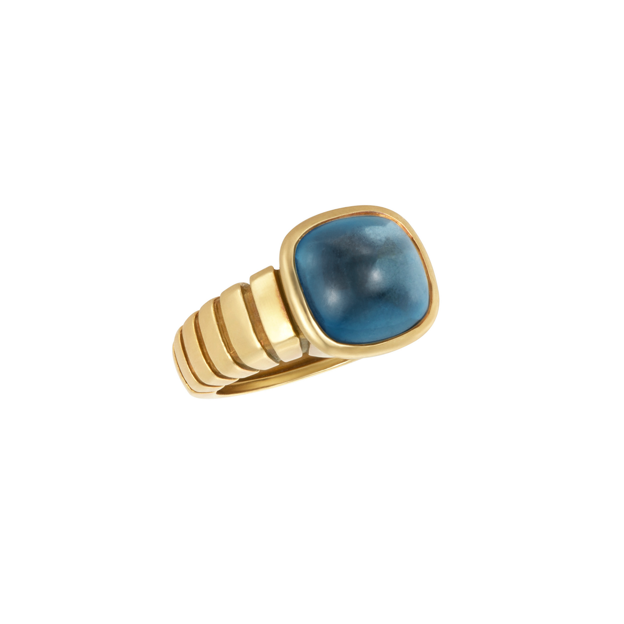 Lot image - Van Cleef & Arpels Gold and Cabochon Blue Topaz Ring