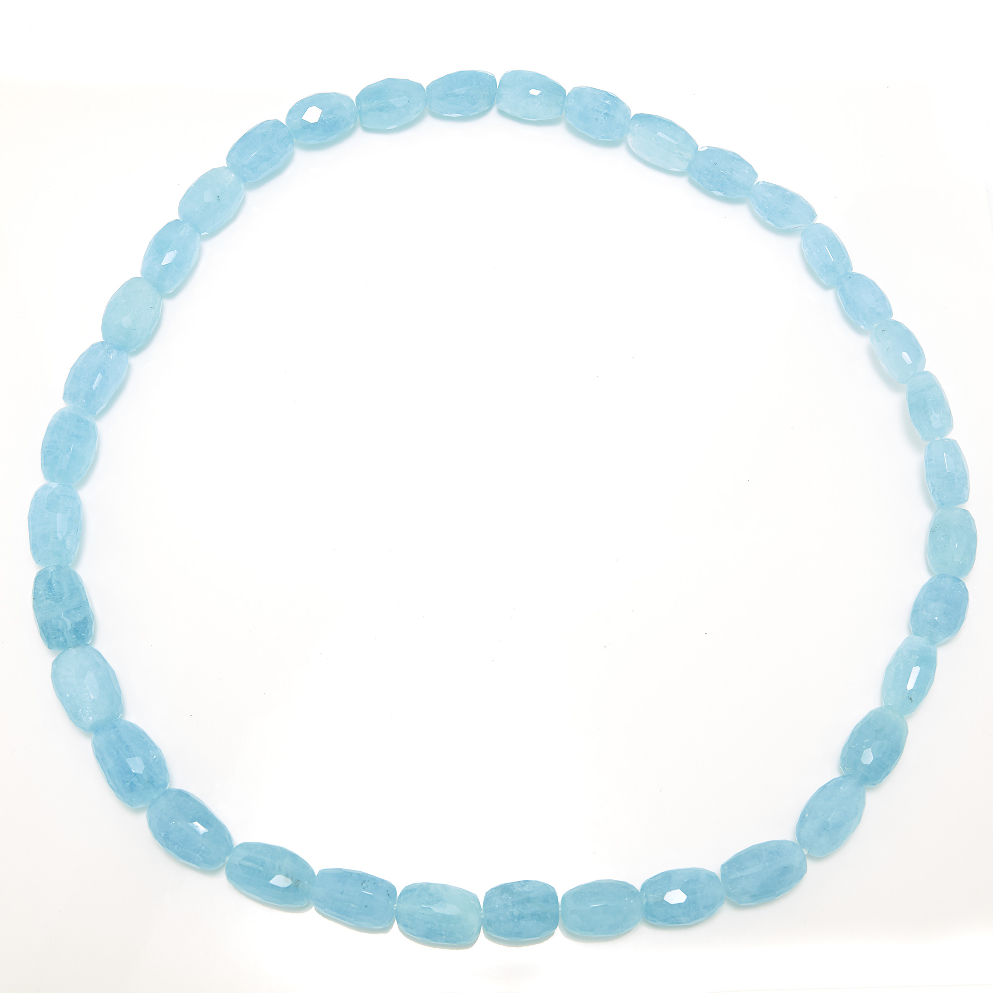Lot image - Aquamarine Bead Necklace