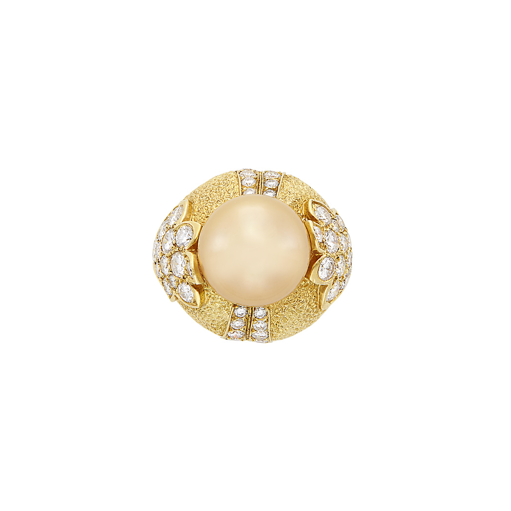 Lot image - Gold, Golden Cultured Pearl and Diamond Ring, Van Cleef & Arpels, France