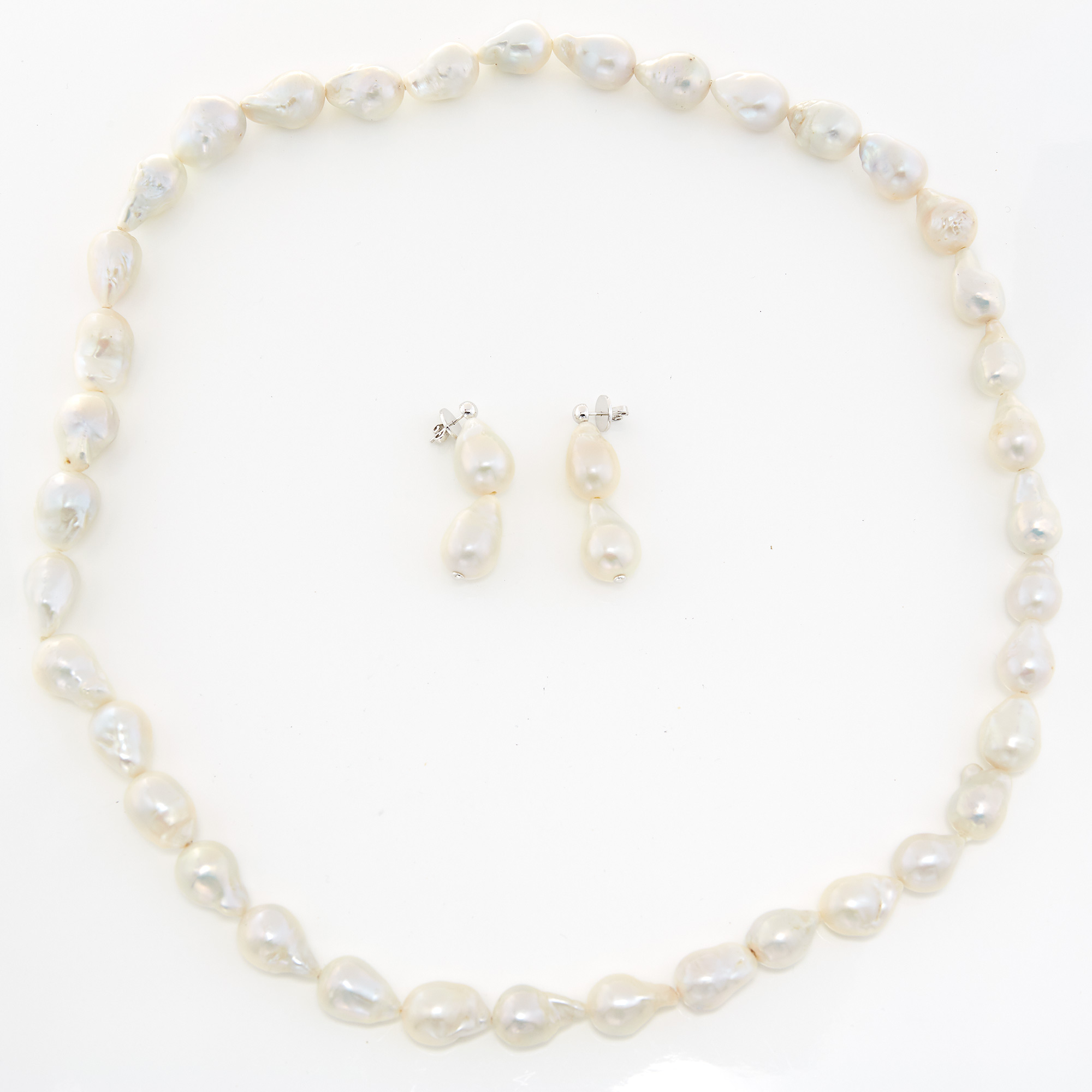 Lot image - Baroque Freshwater Pearl Necklace and Pair of Pendant-Earrings