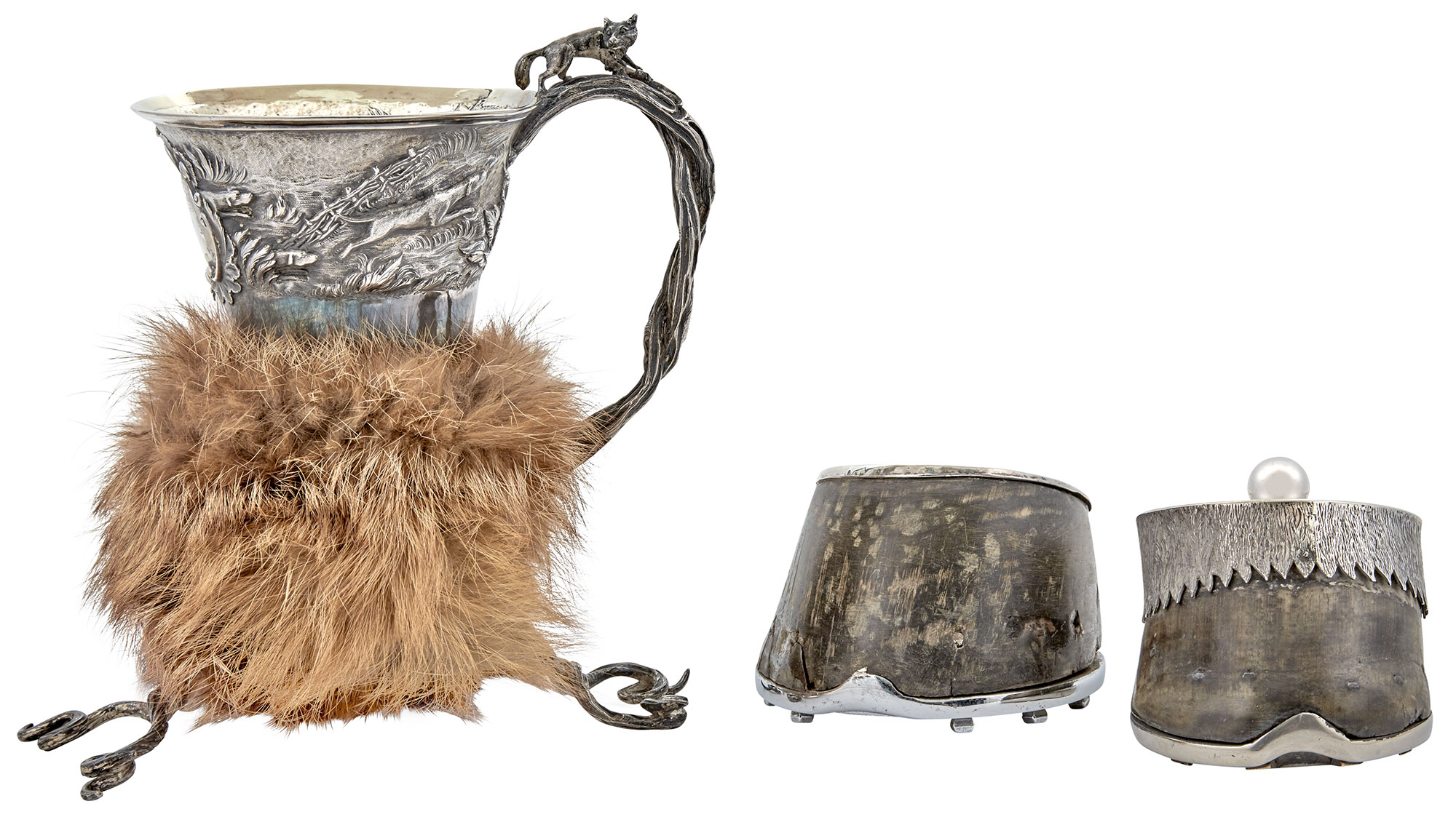 Lot image - William IV Fox Fur Mounted Sterling Silver Cup