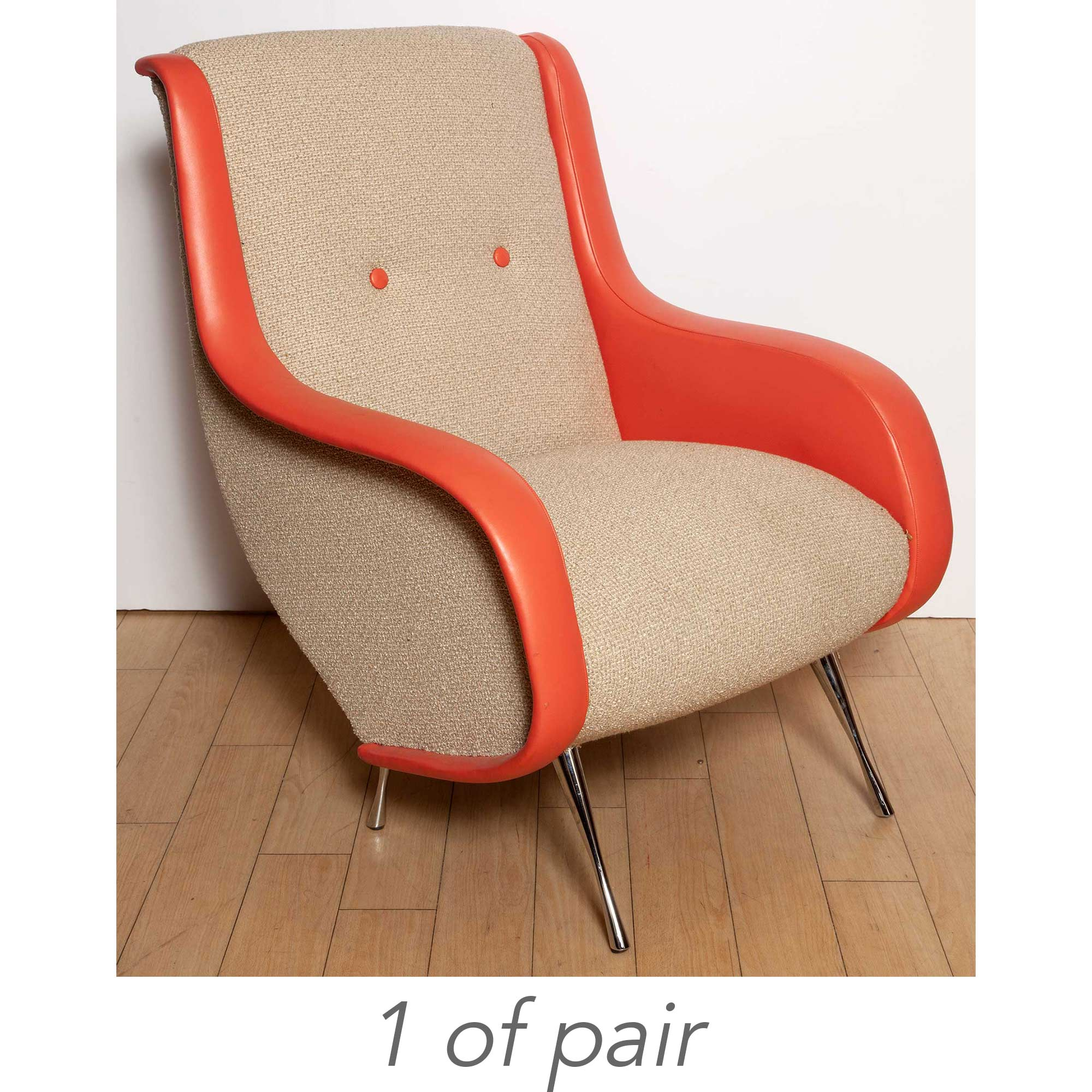 Lot image - Pair of Italian Mid-Century Design Chrome-Plated Metal and Orange-Trimmed White Upholstered Lounge Chairs