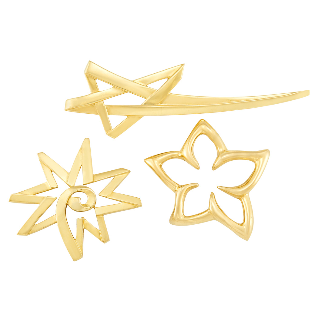 Lot image - Two Gold Brooches, Tiffany & Co., Paloma Picasso and Gold Flower Brooch, Tiffany & Co.