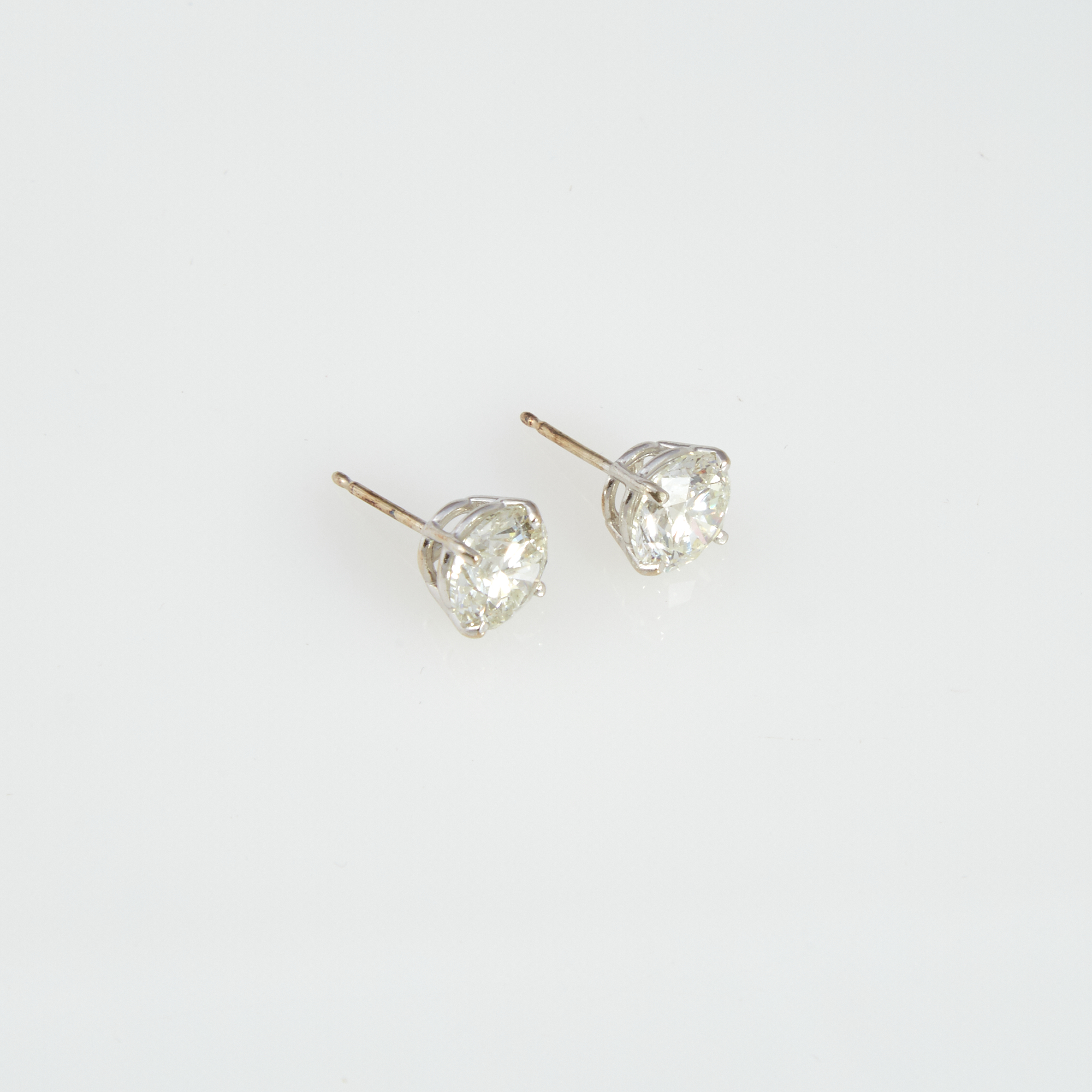 Lot image - Two Diamond Earrings about 2.95 cts., 14K 1 dwt.