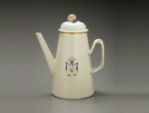 Lot image - CHINESE EXPORT PORCELAIN LIGHTHOUSE-FORM COFFEE POT FOR THE AMERICAN MARKET  Qianlong Period, circa 1790  Height 9 1/4 inches (23.5 cm)