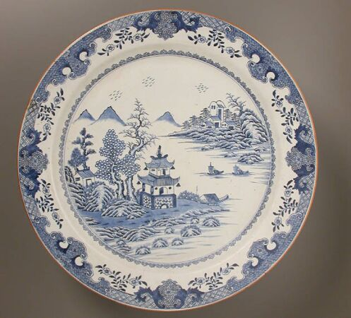 Lot image - CHINESE EXPORT BLUE AND WHITE PORCELAIN CHARGER  Qianlong Period (1736-1795)  Diameter 21 3/4 inches (55.3 cm)