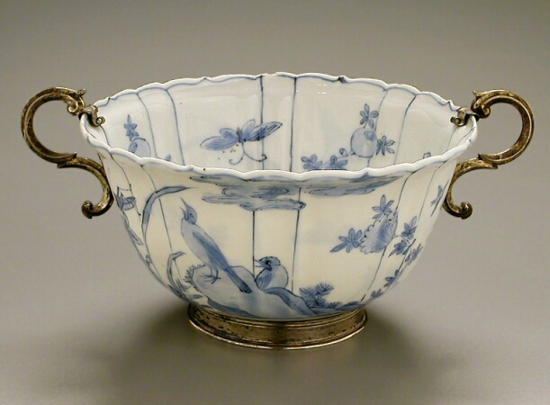 Lot image - CHINESE EXPORT BLUE AND WHITE EGGSHELL PORCELAIN SHAPED BOWL IN DUTCH SILVER MOUNTS  The porcelain late 17th century  Diameter 5 5/8 in
