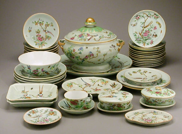 Lot image - CHINESE EXPORT CELADON GROUND FAMILLE ROSE PORCELAIN ASSEMBLED PART DINNER SERVICE  Circa 1860 and later  Length of tureen stand 17 inc