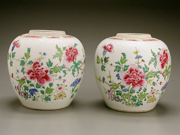 Lot image - PAIR OF CHINESE FAMILLE ROSE PORCELAIN GINGER JARS  Qianlong Period, circa 1750-1780  Height 8 3/4 inches (22.2 cm)