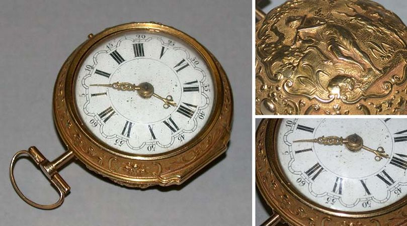 Lot image - Gold Repousse Pair Case Watch