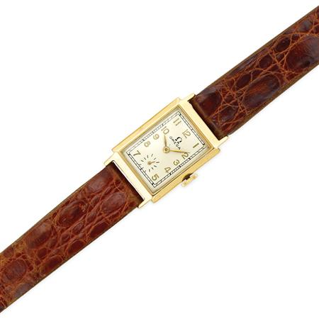 Lot image - Gentlemans Gold Wristwatch, Omega