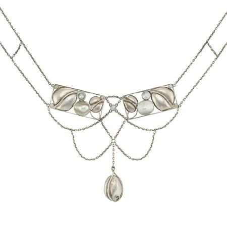 Lot image - Art Nouveau Silver and Mother-of-Pearl Swag Necklace, Wiener Werkstatte