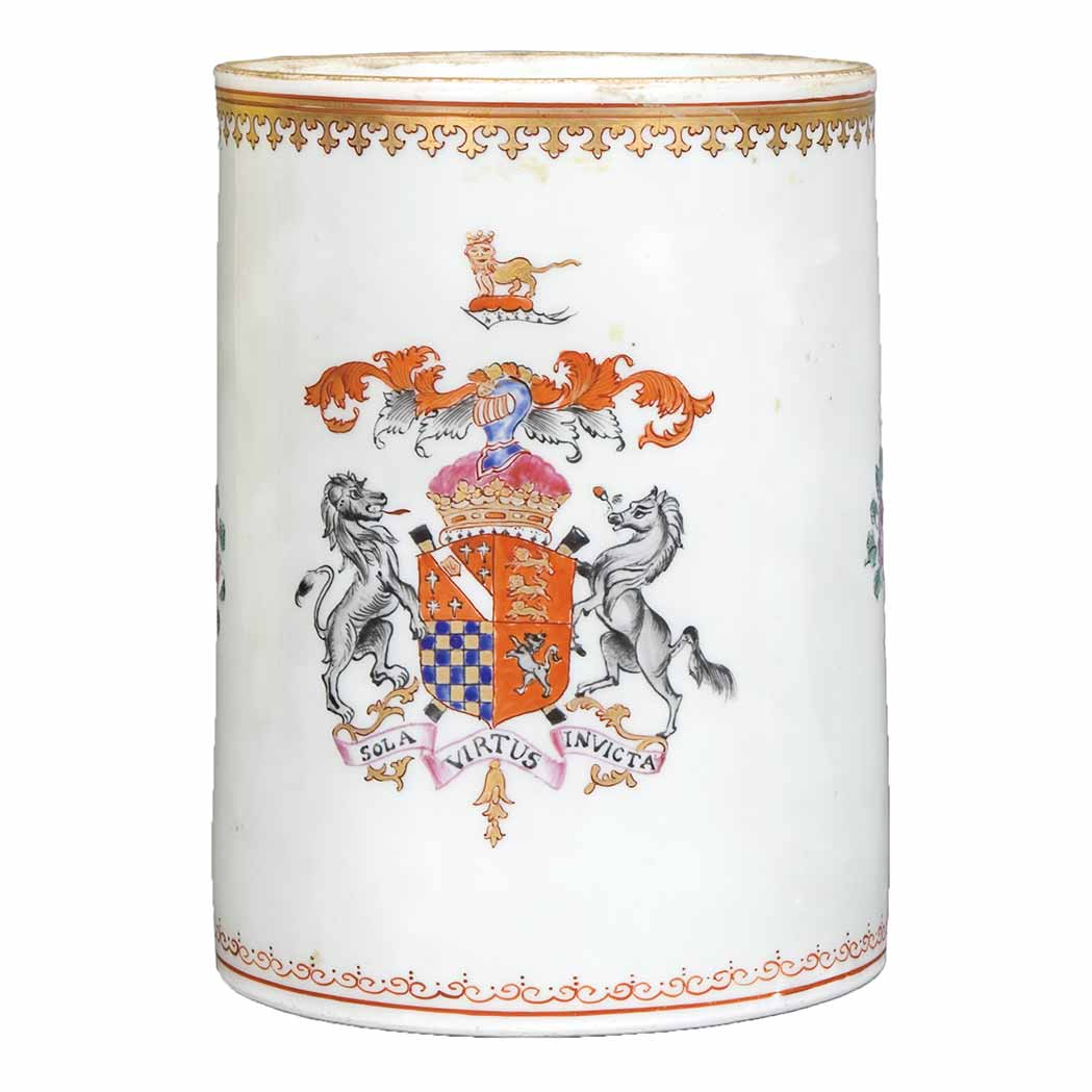 Lot image - Chinese Export Style Armorial Porcelain Mug