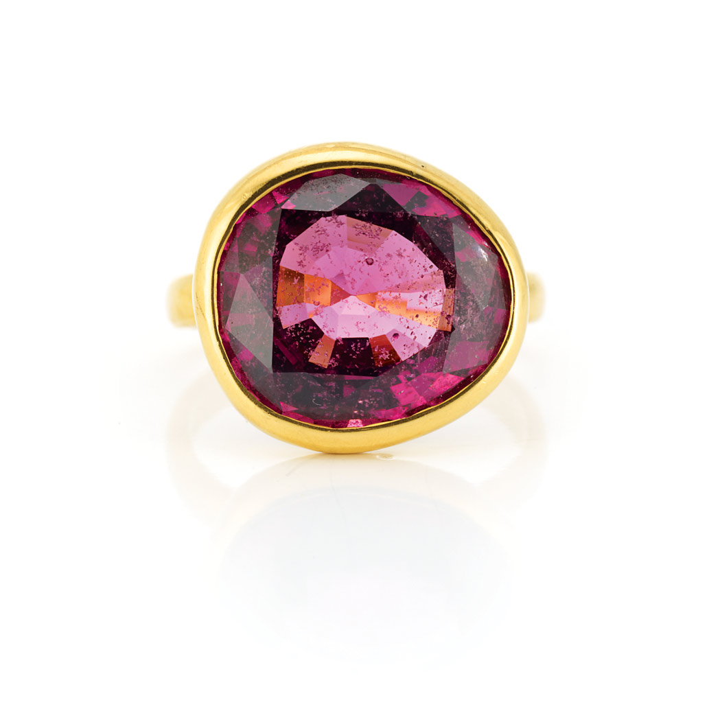 Lot image - Gold and Pink Tourmaline Ring