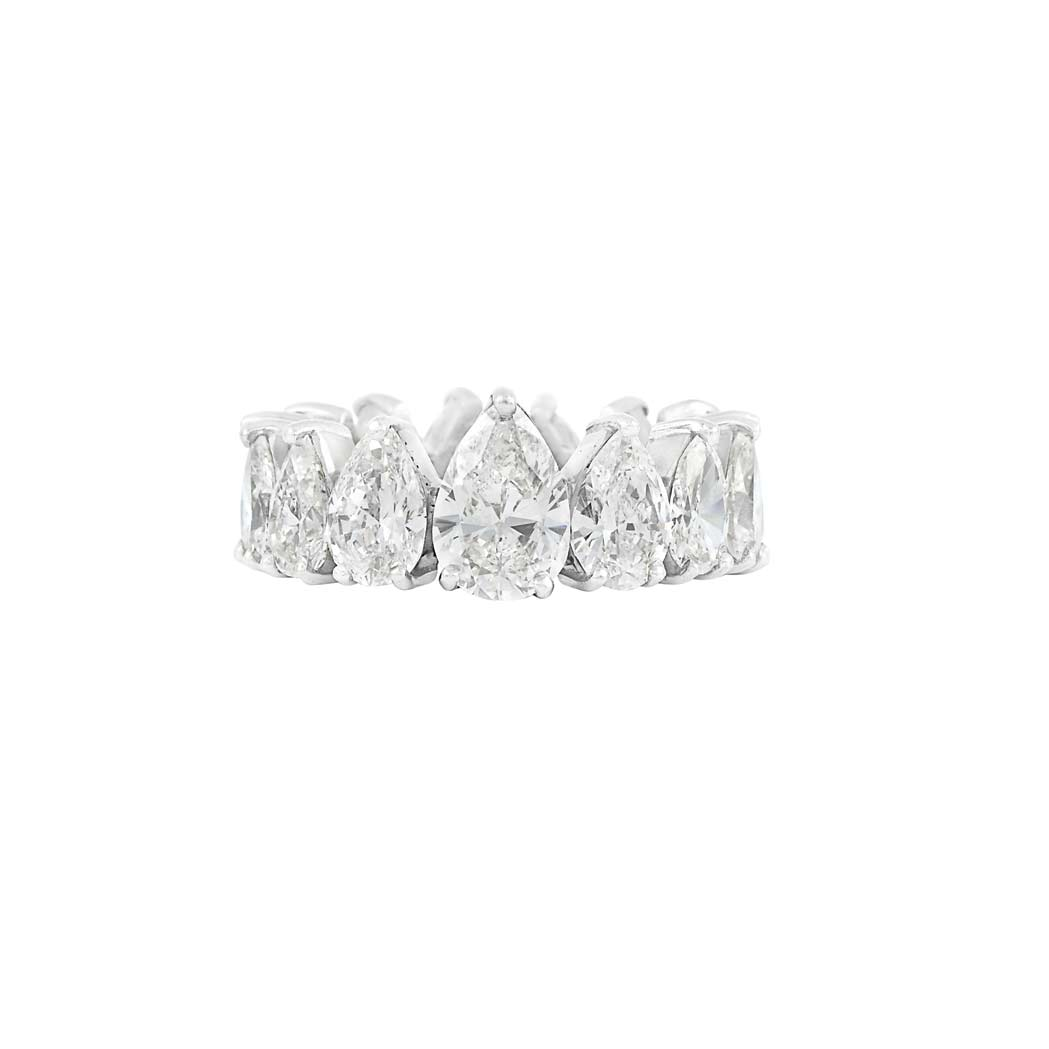 Lot image - Platinum and Diamond Band Ring