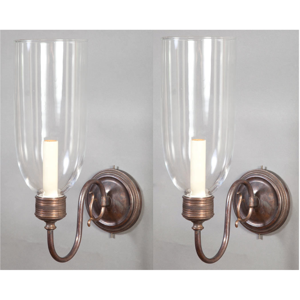 Lot image - Pair of Georgian Style Brass and Glass Single-Light Sconces