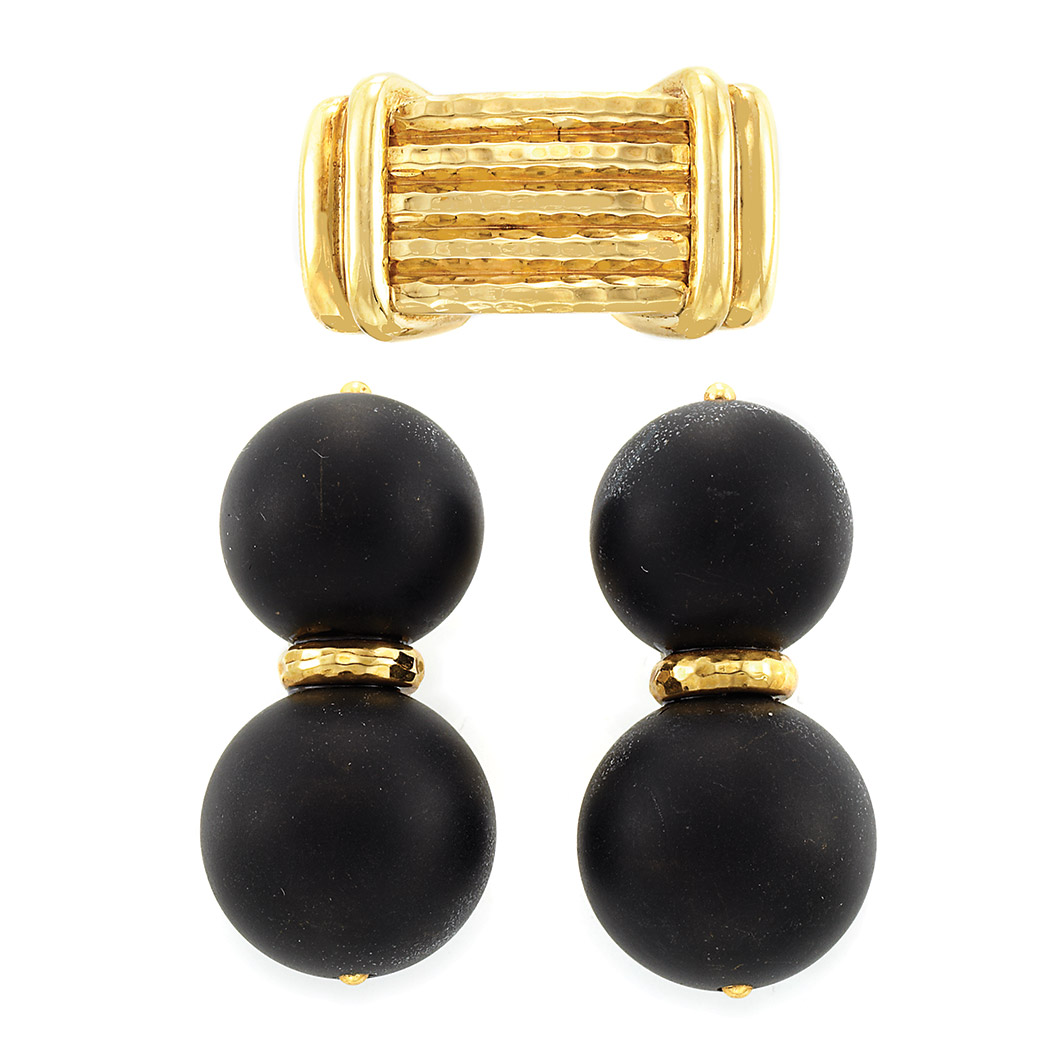 Lot image - Gold Ring and Pair of Gold and Black Hardstone Earclips, Andrew Clunn
