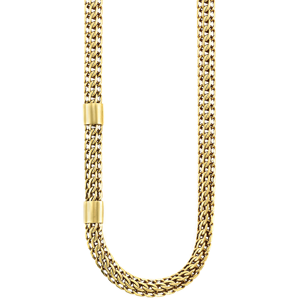 Lot image - Long Gold Chain Necklace