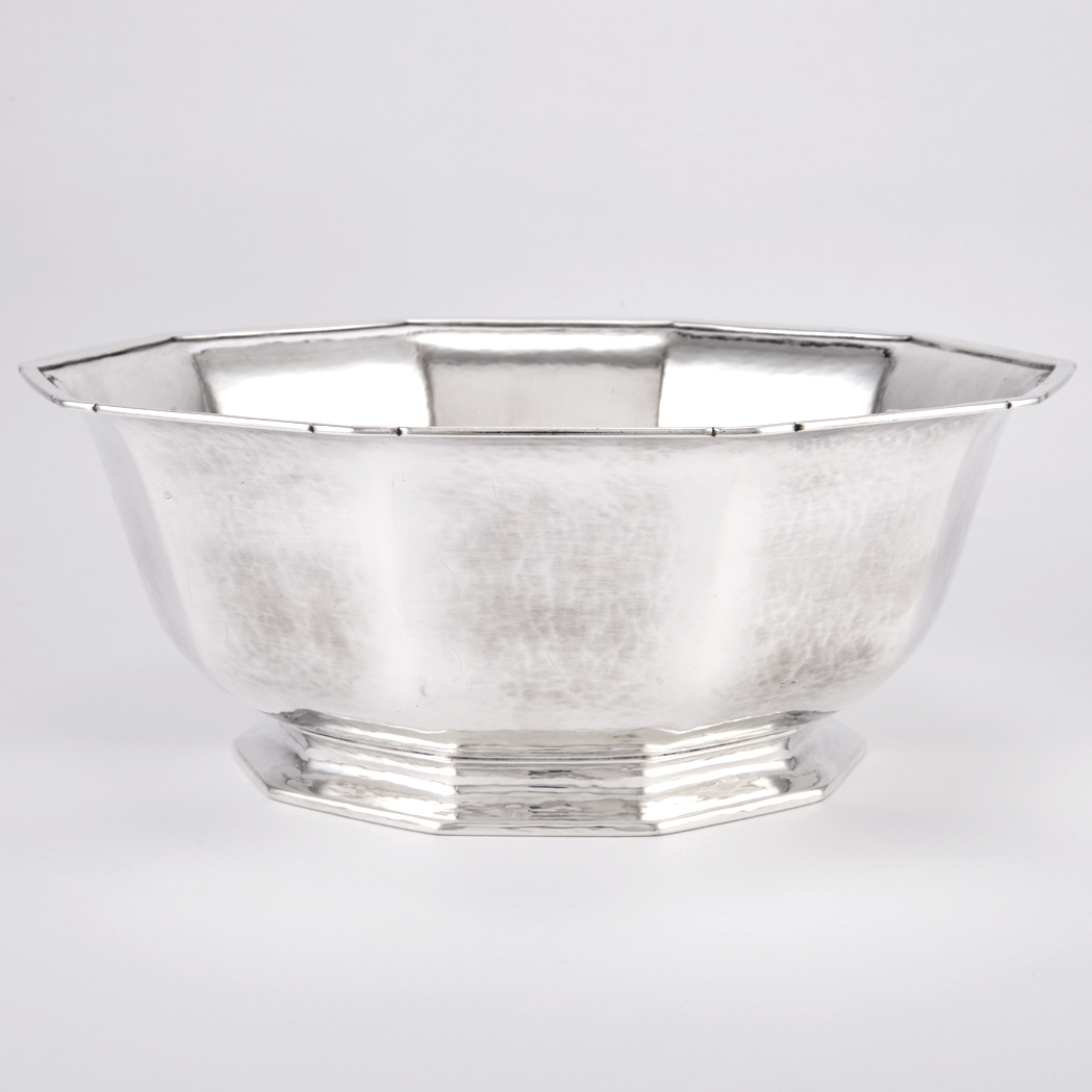 Lot image - Tiffany & Co. Sterling Silver Centerpiece Bowl