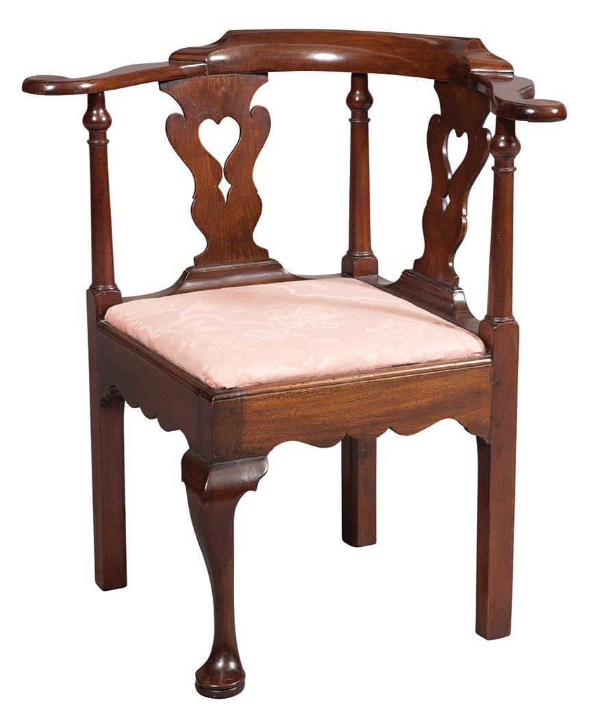 Lot image - Queen Anne Mahogany Corner Chair