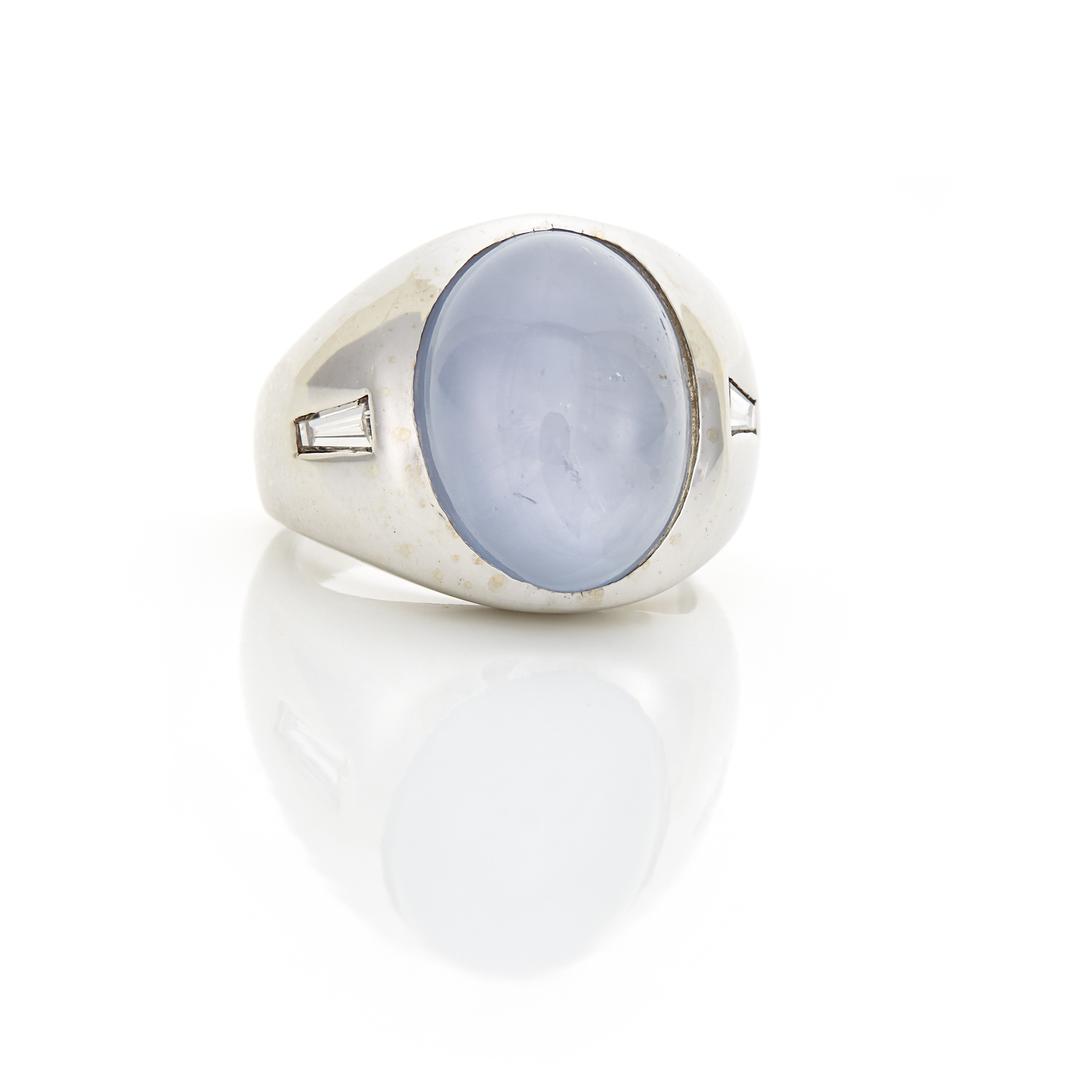 Lot image - Gentlemans White Gold, Star Sapphire and Diamond Gypsy Ring