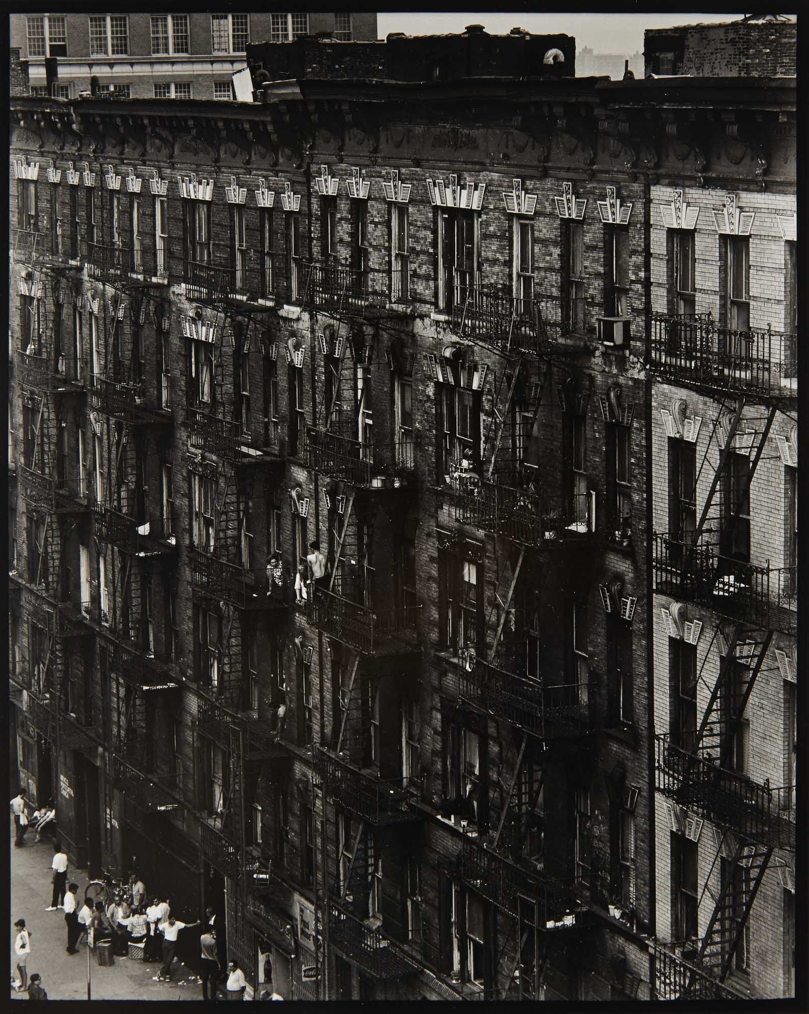 Lot image - DAVIDSON, BRUCE (b. 1933)  Facade (from East 100th Street),