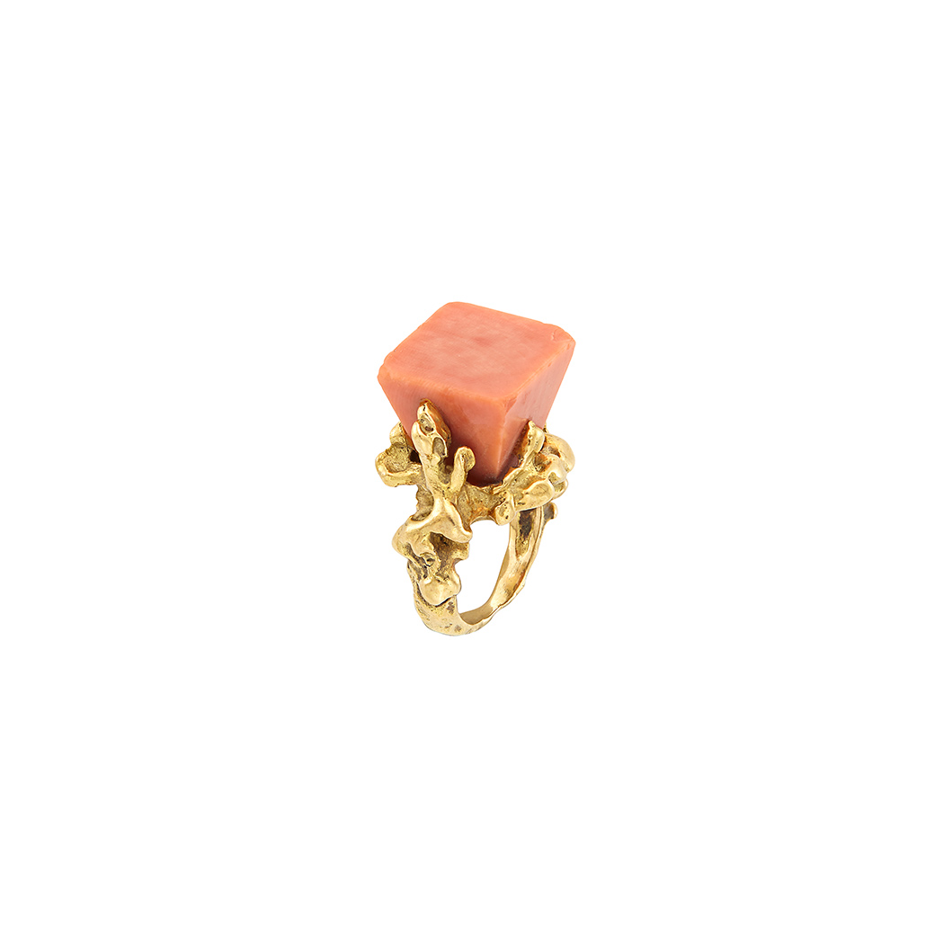 Lot image - Gold and Coral Ring, Chaumet, Paris