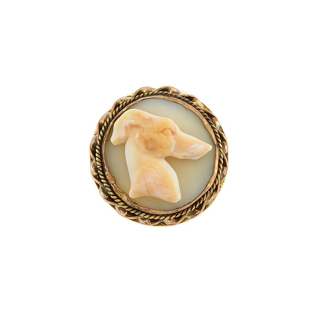 Lot image - Antique Gold and Hardstone Cameo Dog Ring