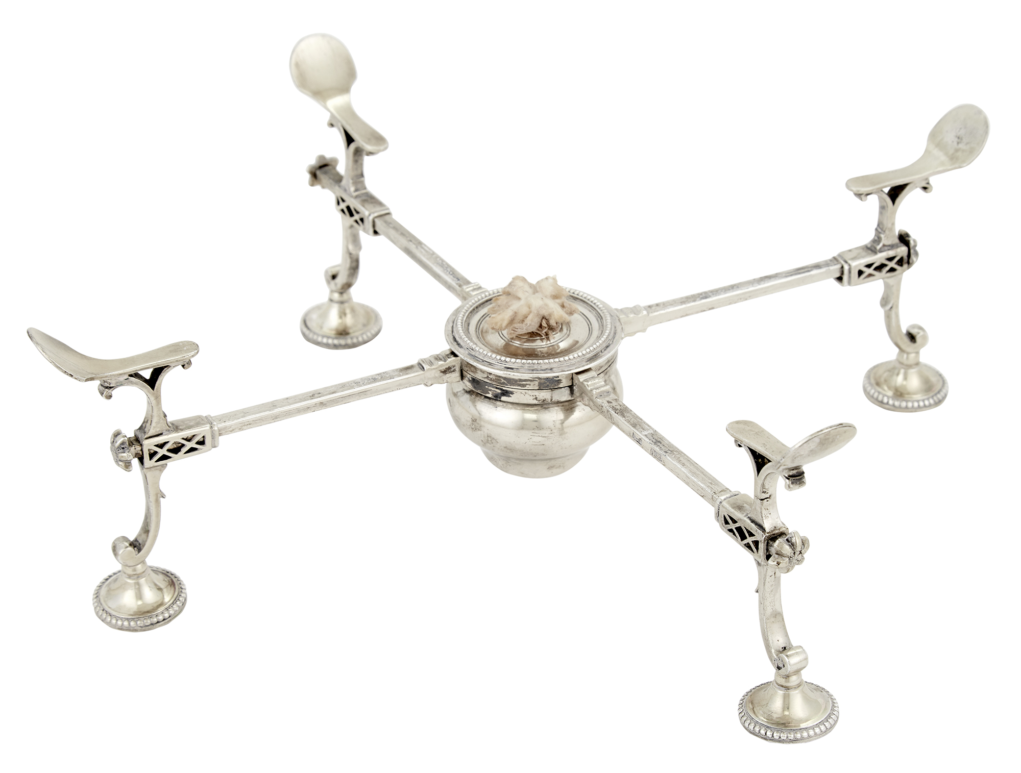 Lot image - George III Sterling Silver Dish Cross