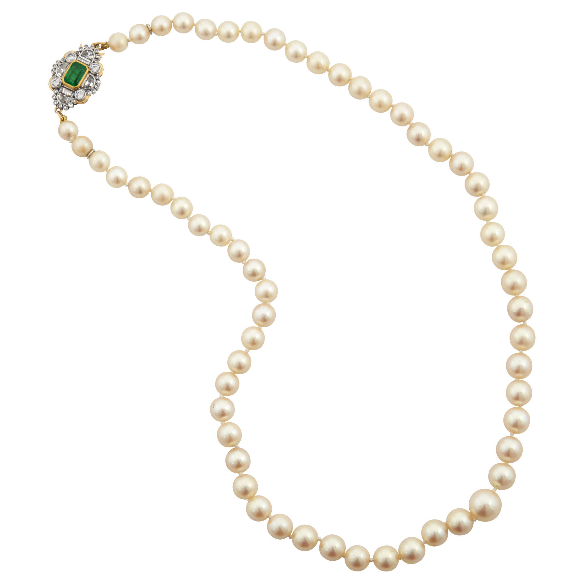 Lot image - Cultured Pearl Necklace with Two-Color Gold, Emerald and Diamond Clasp, France