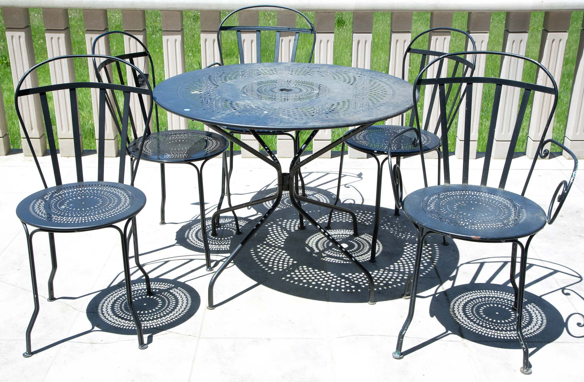 Lot image - Set of Painted Metal Chairs