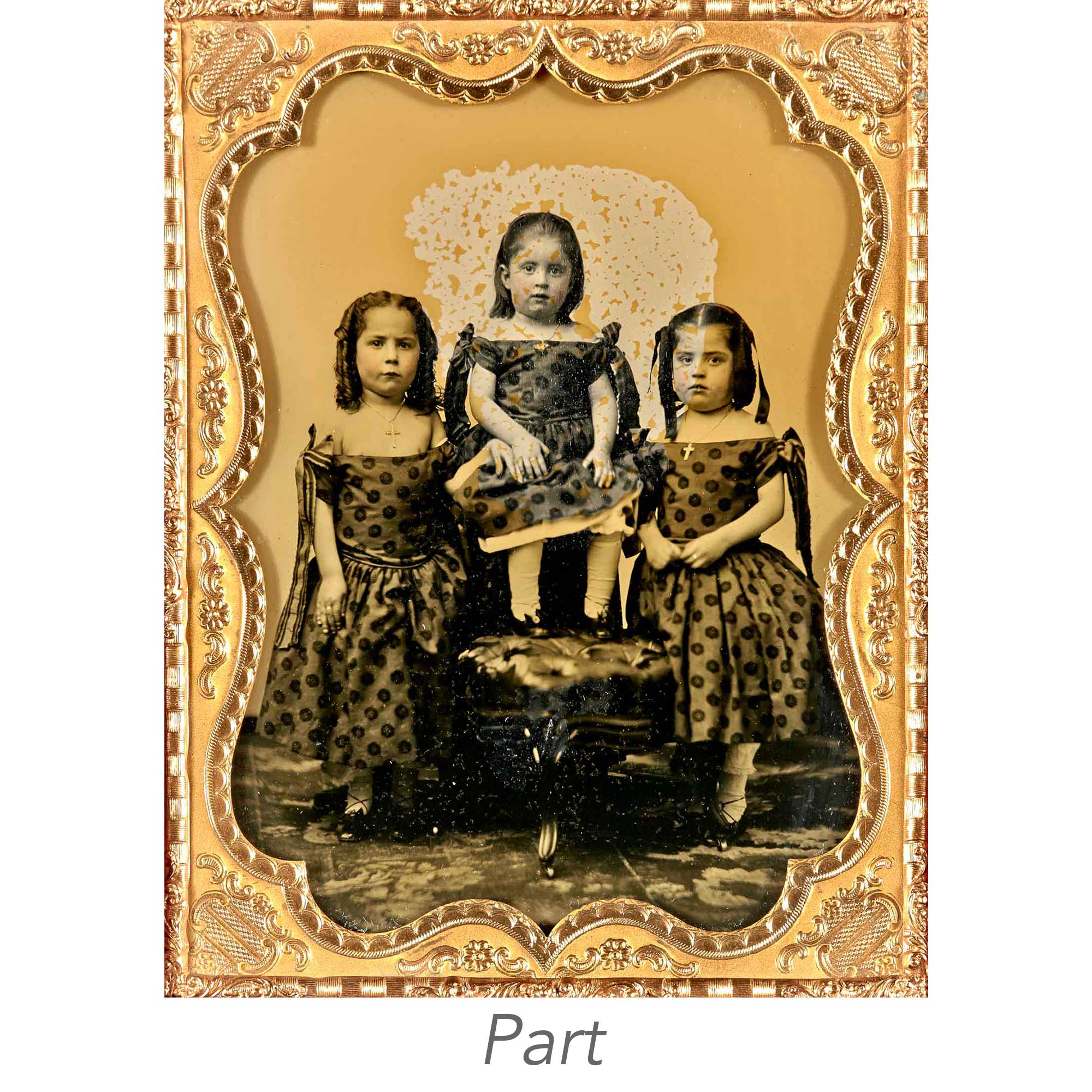 Lot image - [DAGUERREOTYPE-CHILDREN]  Five images.