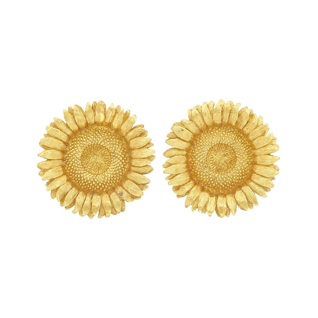 Lot image - Pair of Gold Sunflower Earclips, Robert Bruce Bielka