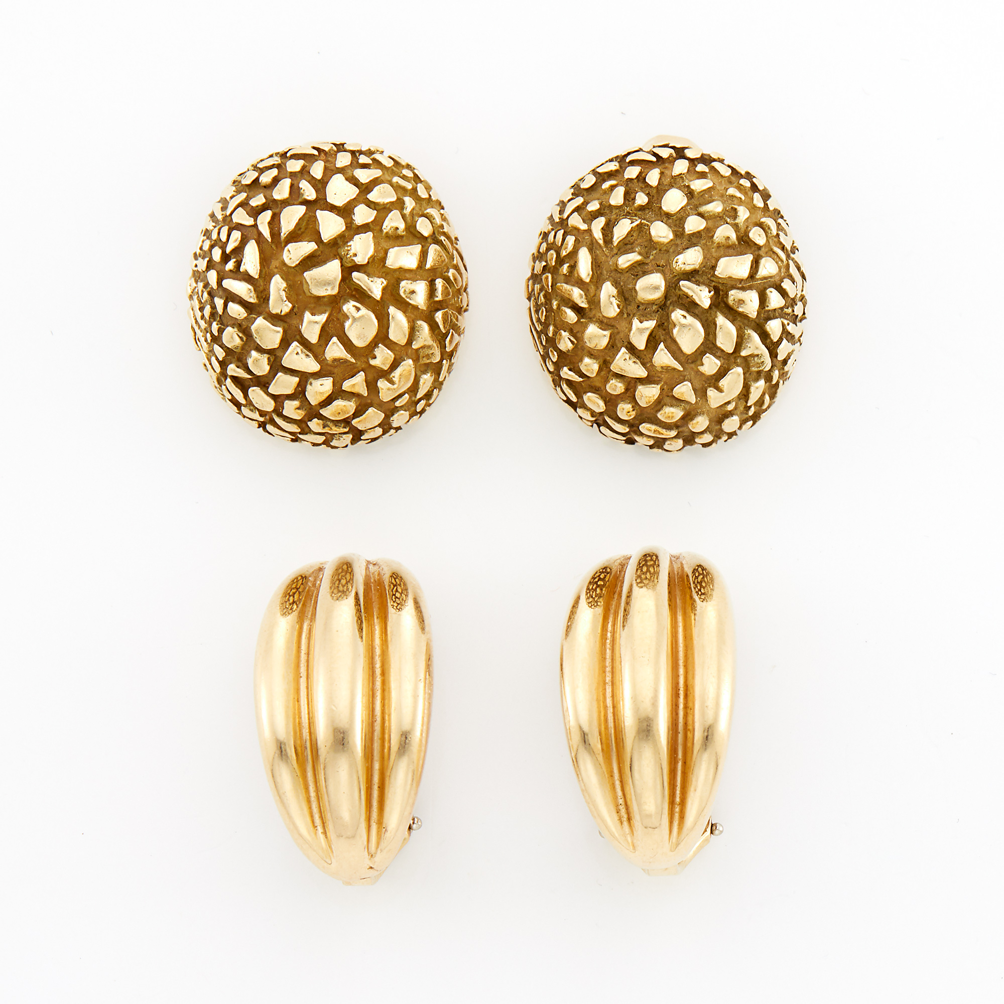 Lot image - Two Pairs of Gold Earclips