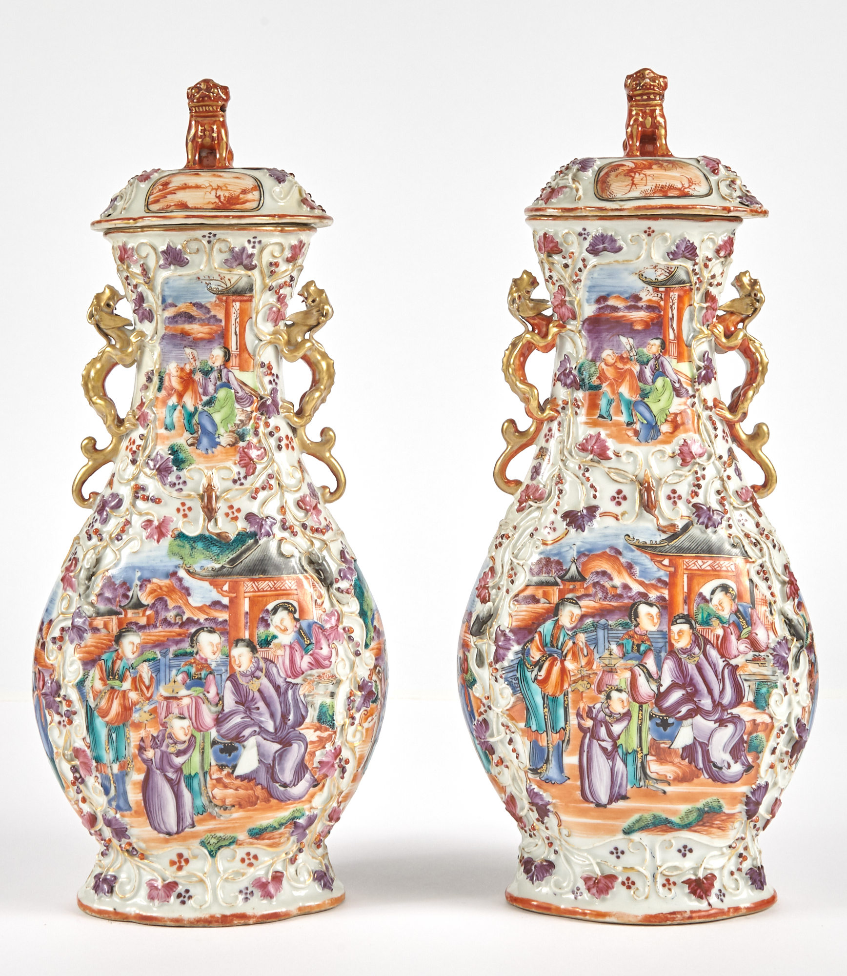 Lot image - Pair of Chinese Export Porcelain Mandarin Palette Vases and Covers