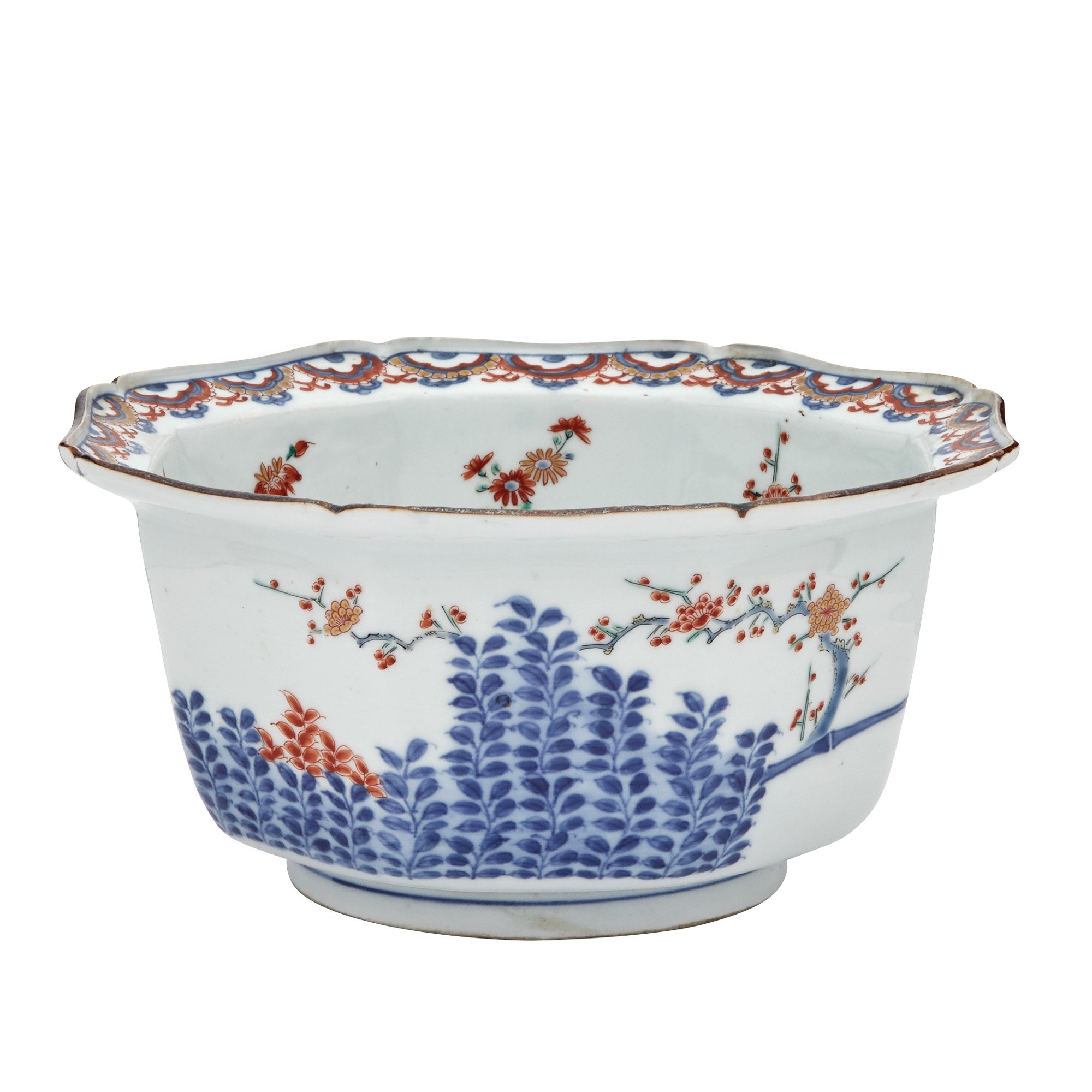Lot image - Japanese Kakiemon Octagonal Bowl