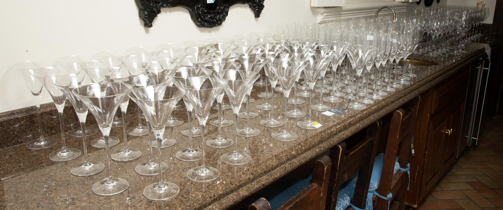 Lot image - Oleg Cassini Glass Partial Stemware Service
