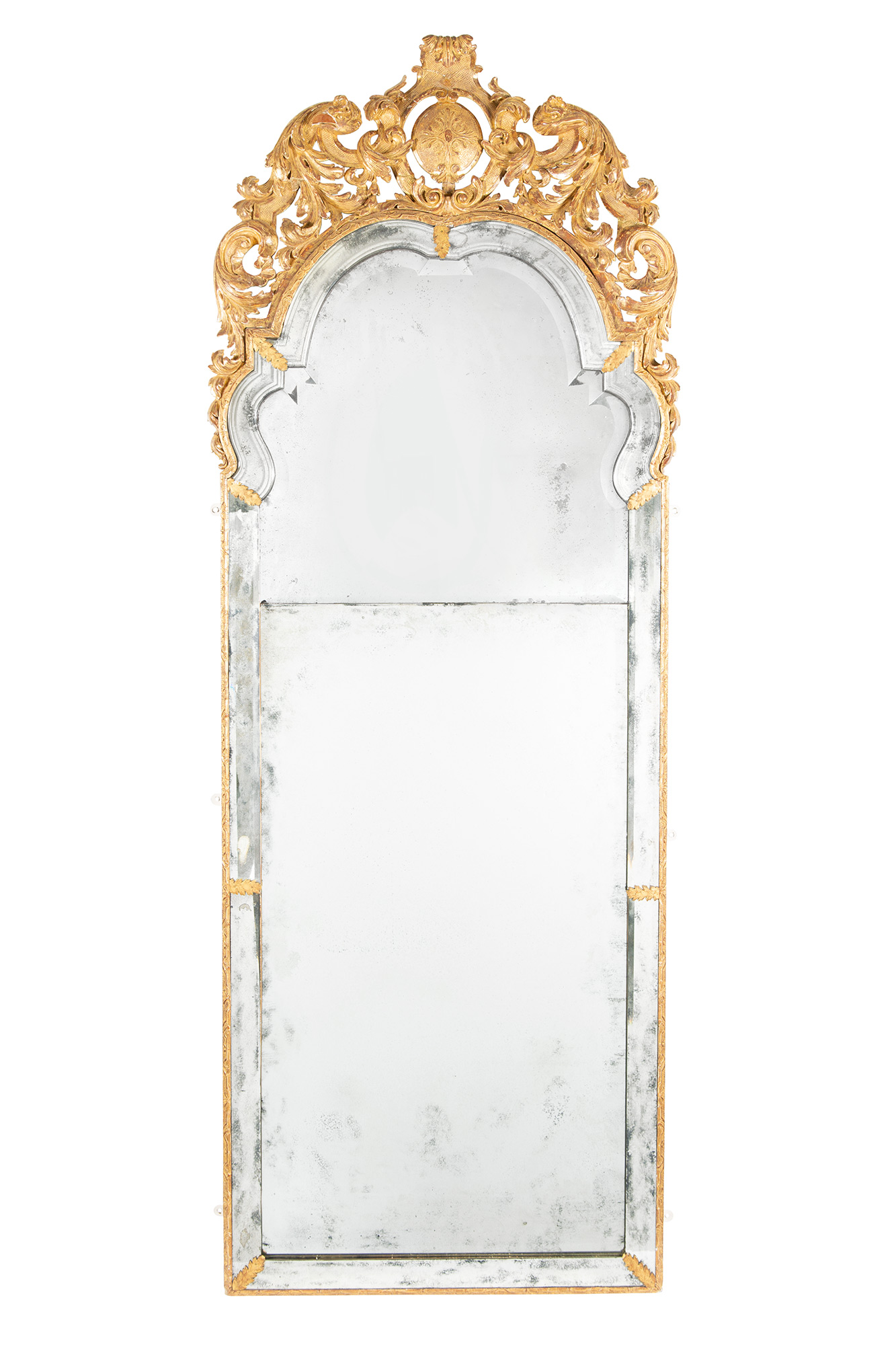Lot image - George I Gilt-Gesso and Giltwood Pier Mirror