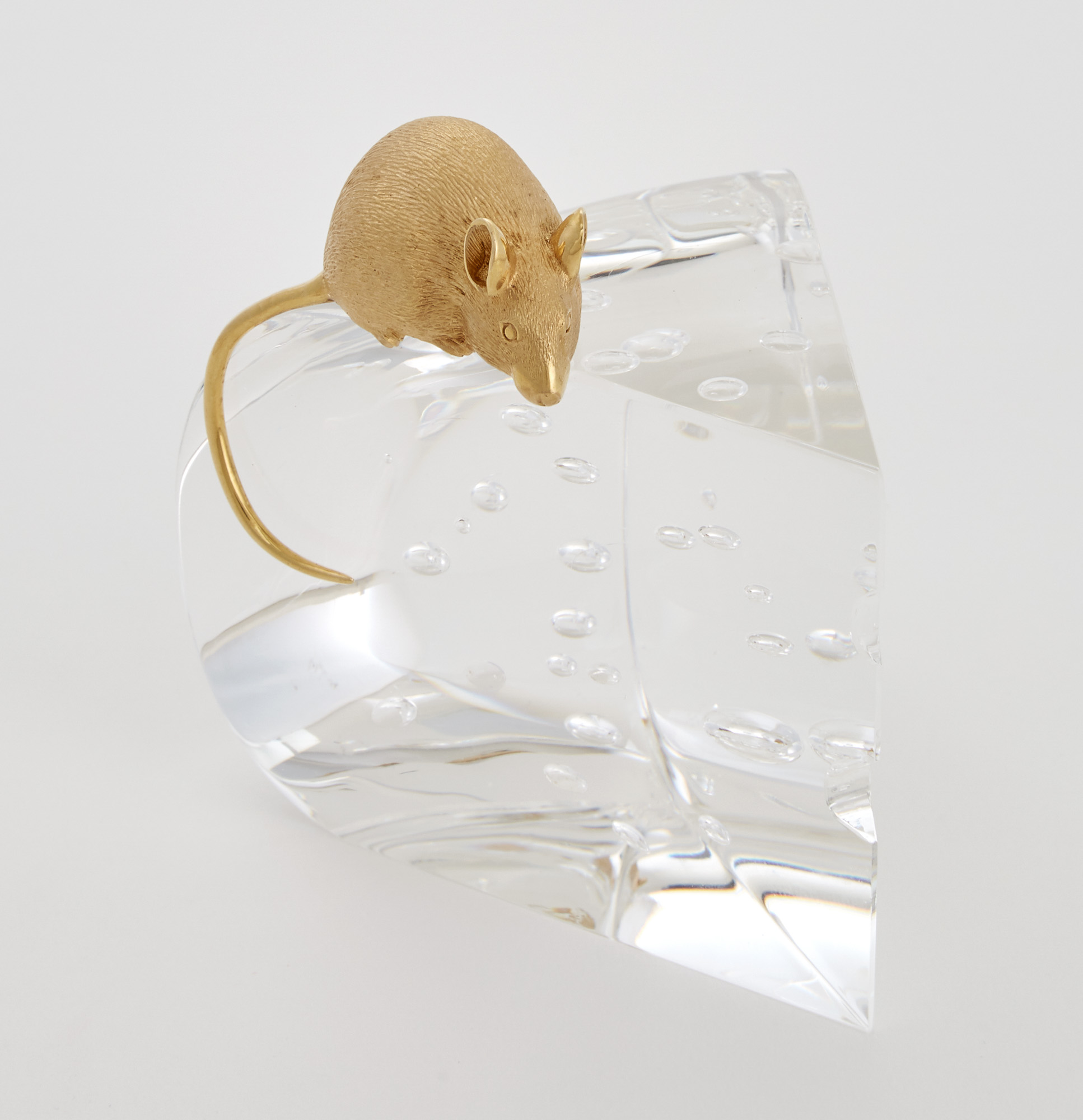 Lot image - Steuben Glass and 18K Gold-Plated Metal Sculpture Entitled Mouse and Cheese