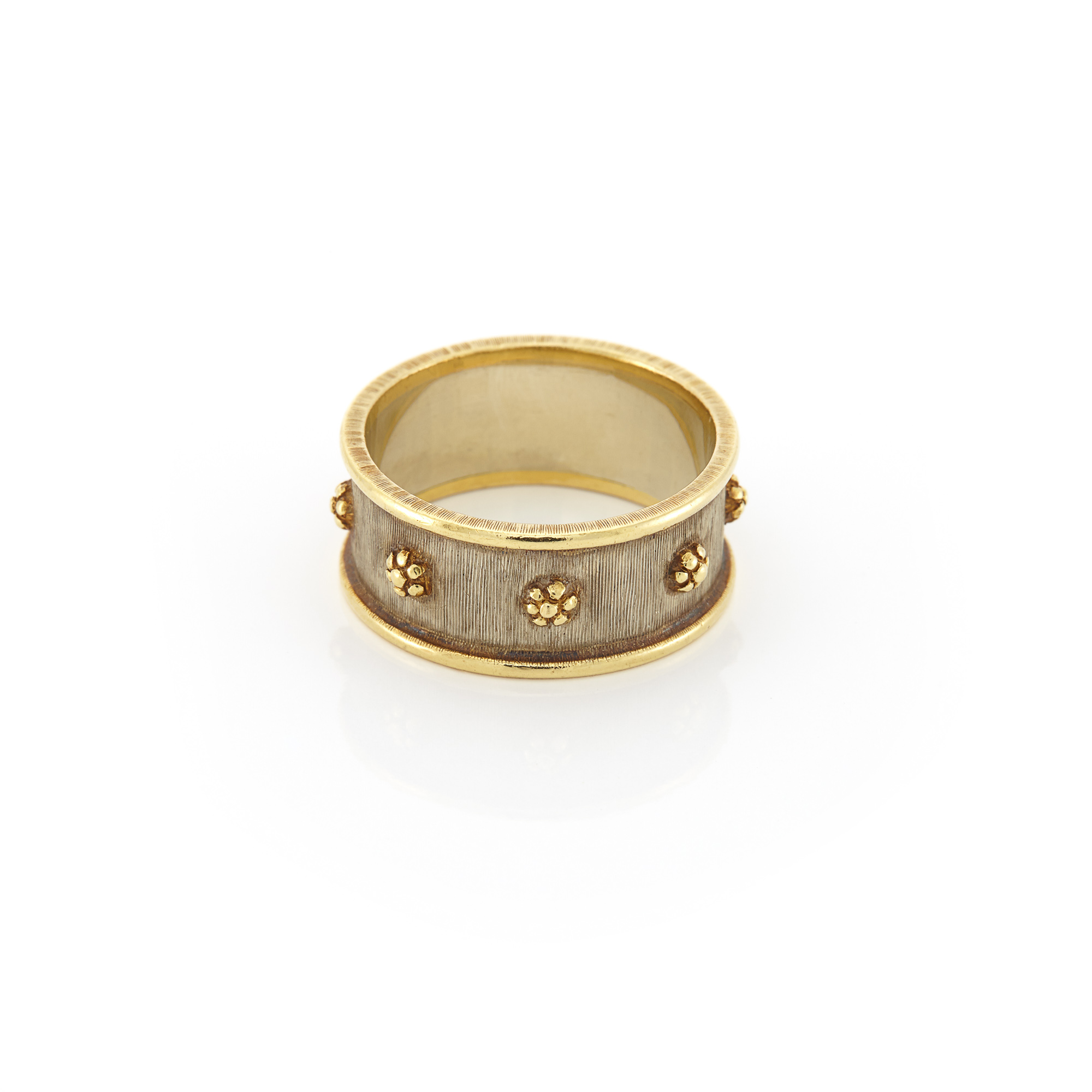 Lot image - Two-Color Gold Band Ring, Buccellati