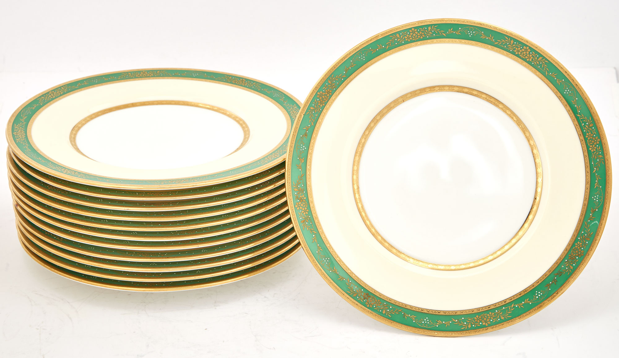 Lot image - Set of Twelve Mintons Gilt-Decorated Green Ground Porcelain Dinner Plates
