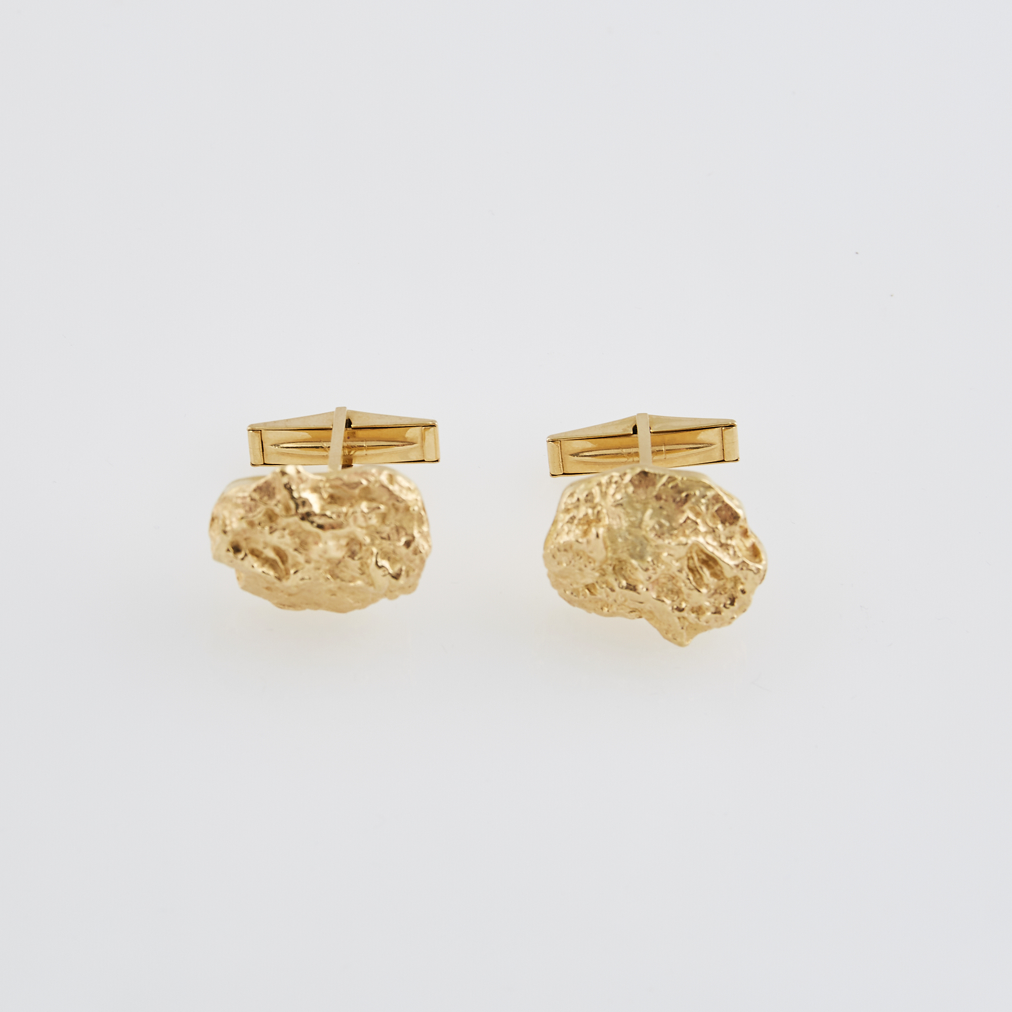 Lot image - Two Gold Cuff Links, 14K 9 dwt.