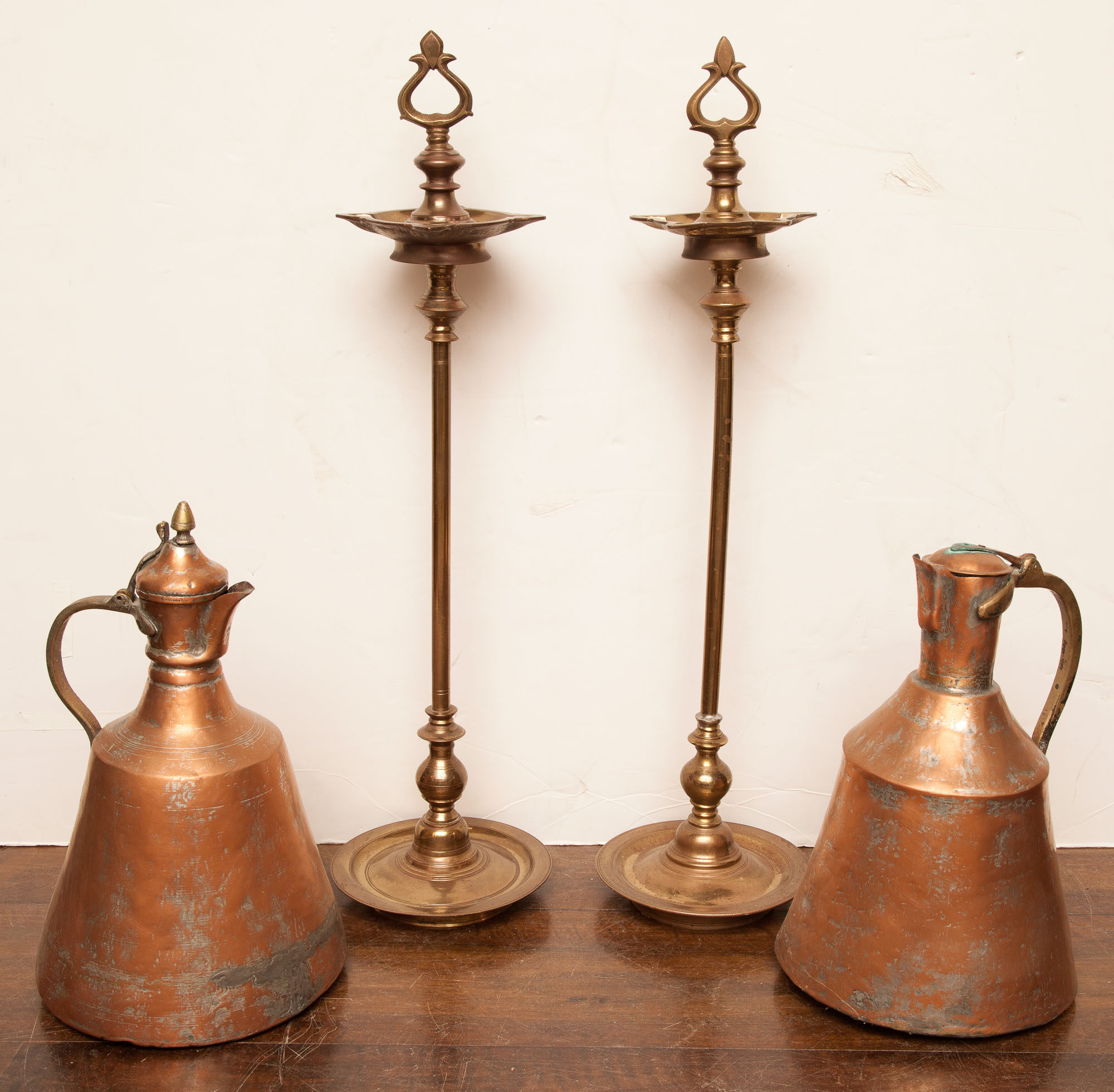 Lot image - Pair of Brass Standing Fluid Lamps