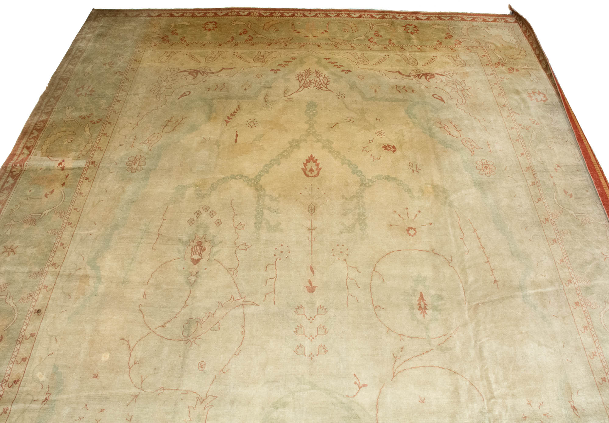 Lot image - Borlu Oushak Carpet