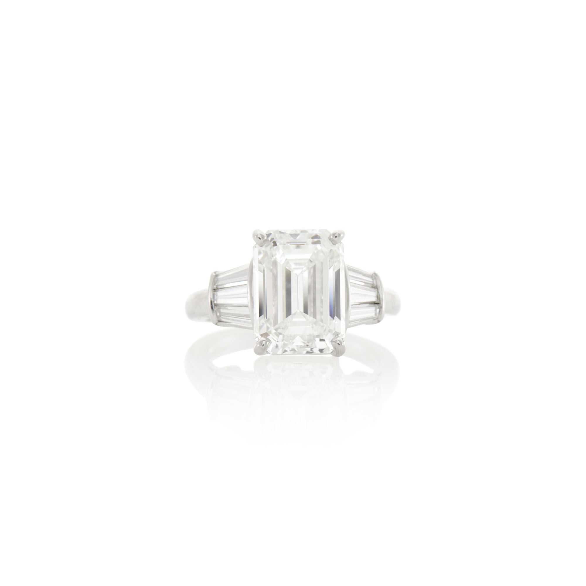 Lot image - Kwiat Platinum and Diamond Ring