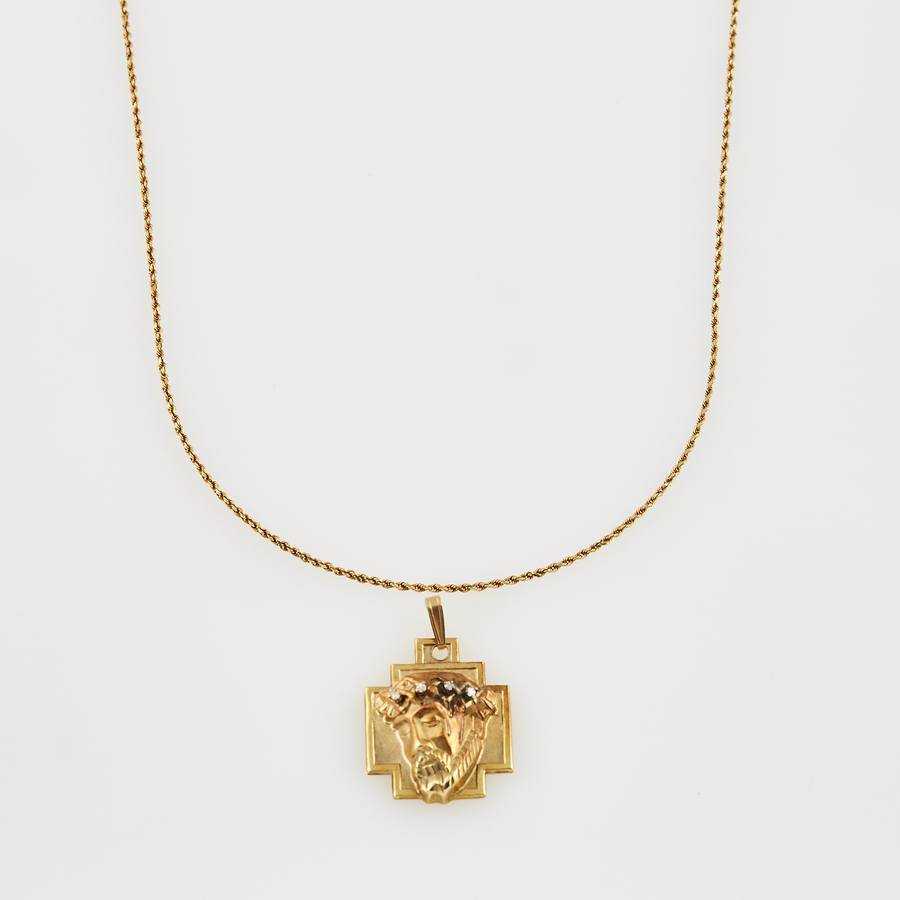 Lot image - Diamond Pendant and Gold Neck Chain, 14K 4 dwt.