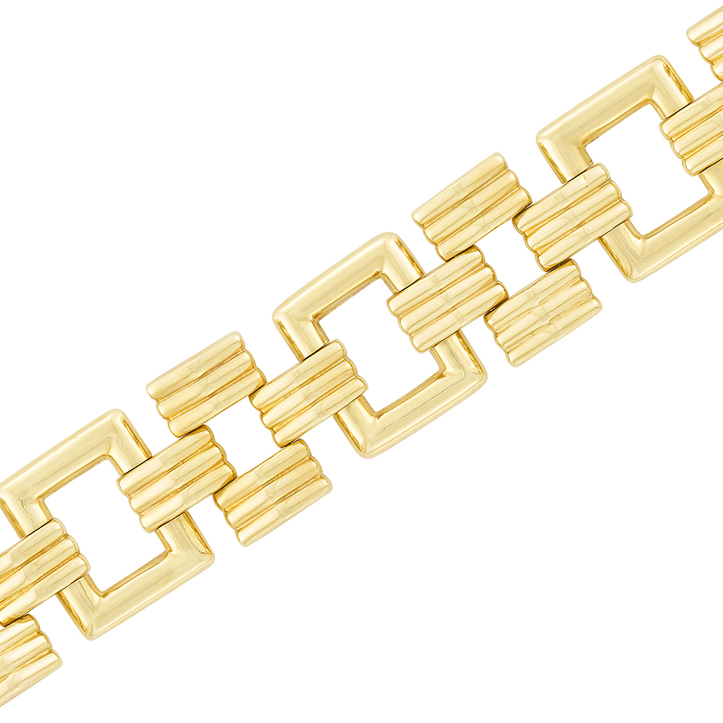 Lot image - Wide Gold Link Bracelet